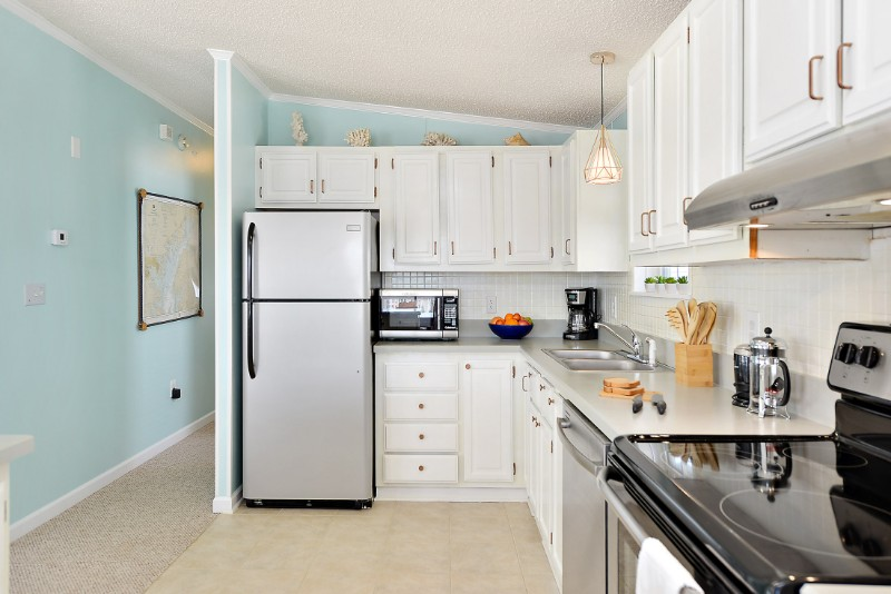 ocean city vacation rental open concept kitchen